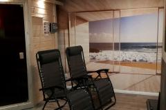 Sauna-mit-Relaxstuehlen